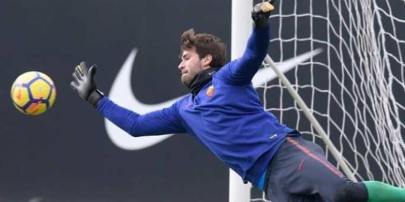 AS Roma Panik Alisson Becker Dilirik Liverpool
