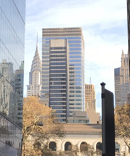 Chrysler Building in the distance, 2017-11-27 14.15.41