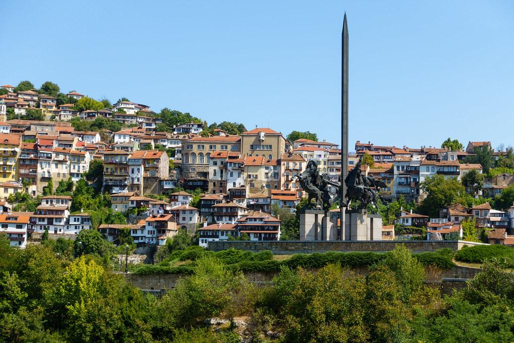 Veliko Tarnovo-00752-3