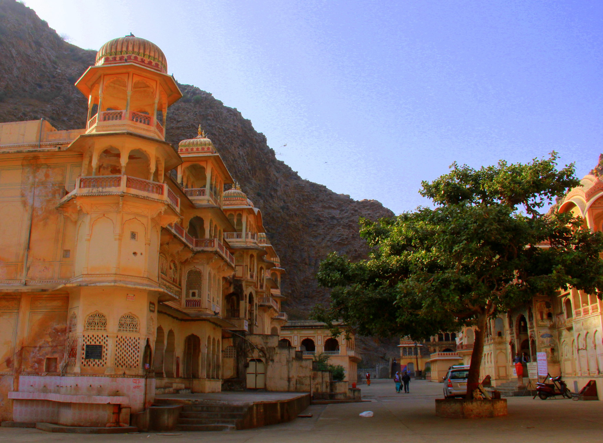 Galtaji temple is in Jaipur