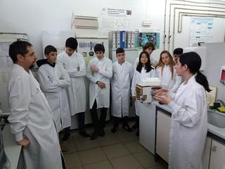 EHUko Genetikako departamentura bisita