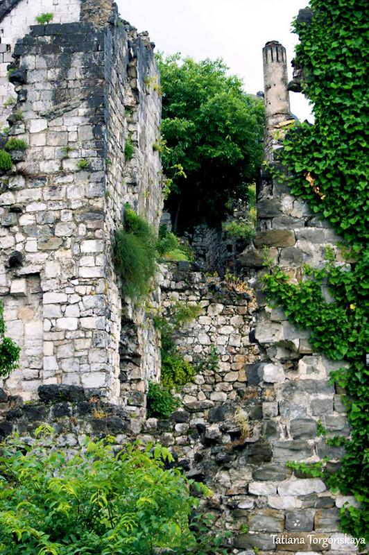 Остатки стен церкви Св. Катарины