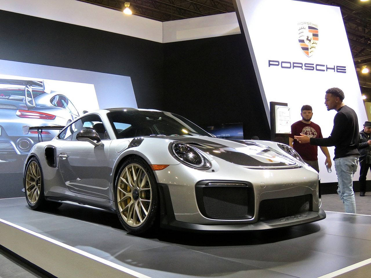 Porsche 991.2 GT2 RS Philly 1
