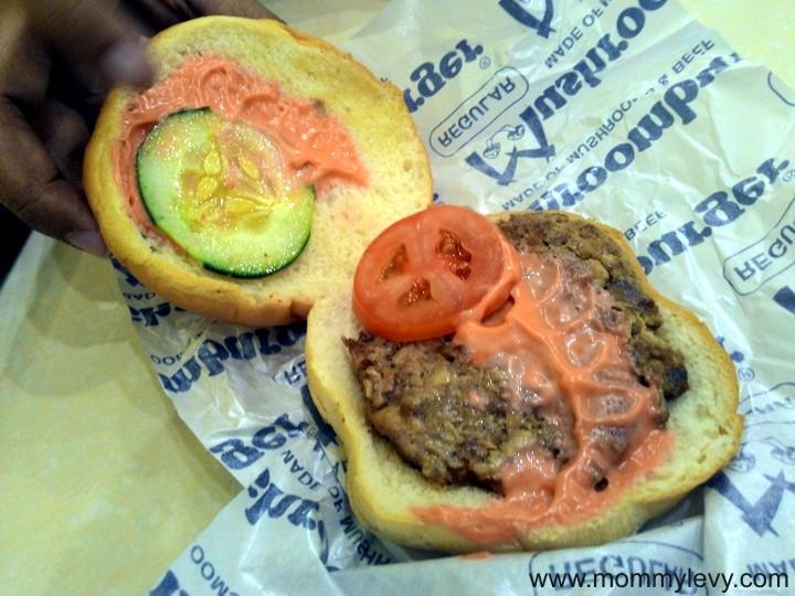 Mushroom Burger6_zpszt3ikhxo