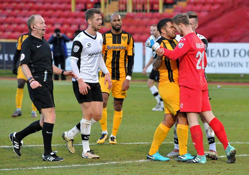 Gateshead 2-1 Maidstone United