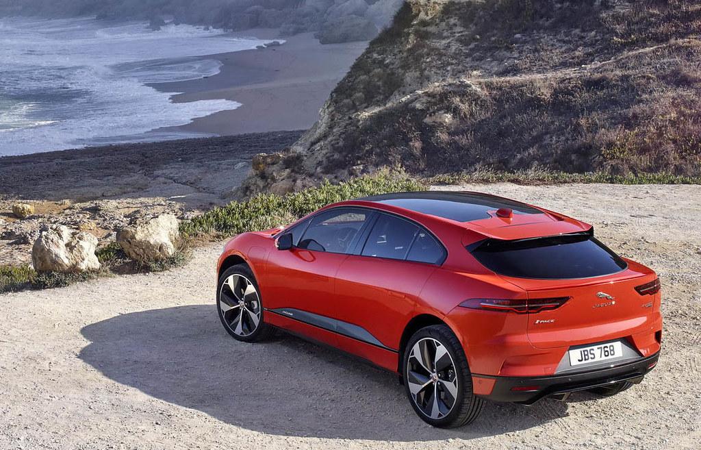 2019-Jaguar-I-Pace-34