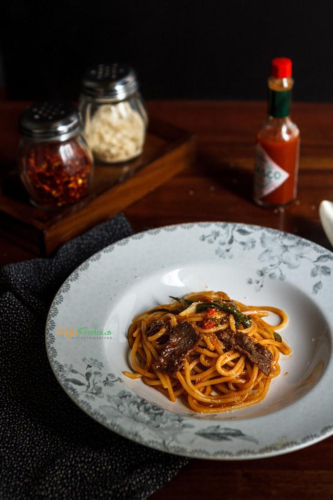 Spaghetti-Warung-Pasta