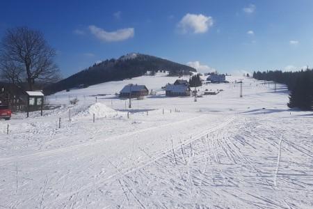 Na většině českých hor jsou výborné sněhové podmínky!