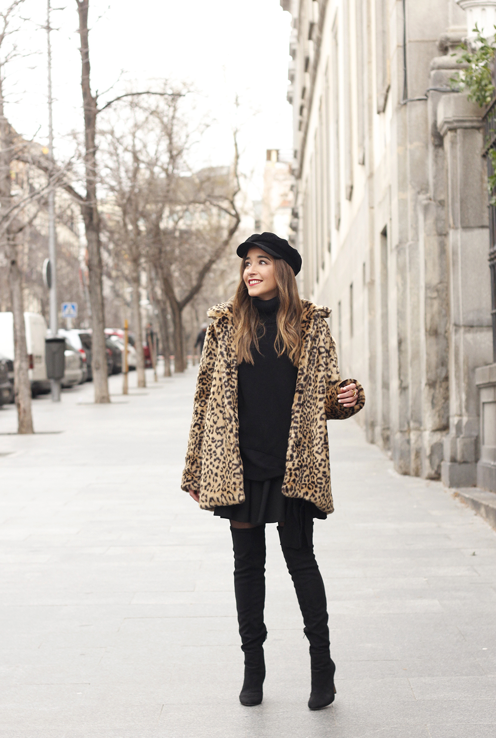 leopard coat black outfit over the knee boats givenchy black cap winter outfit05