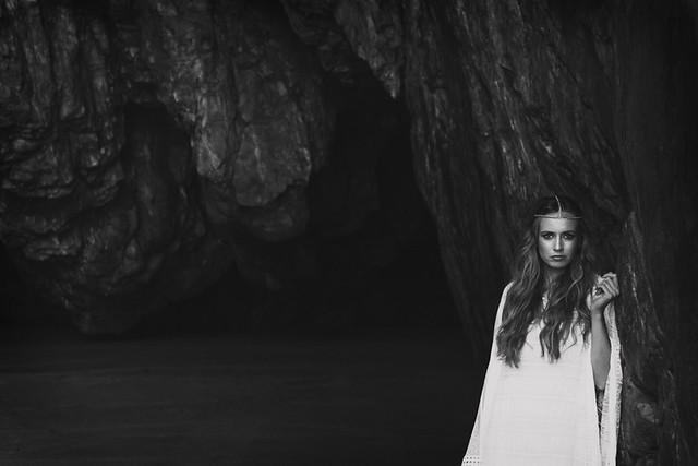 La Champanera blog de bodas - Vestido Yolan Cris - La Mar Studio Foto 7