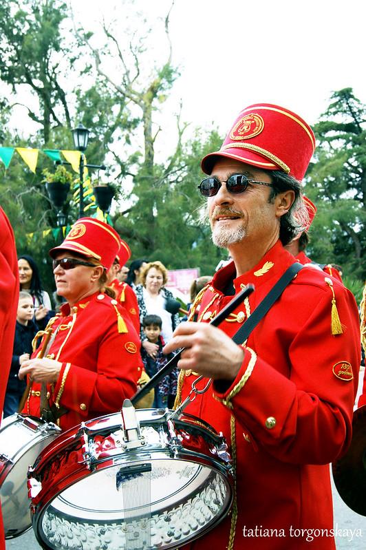 Музыканты из городского оркестра