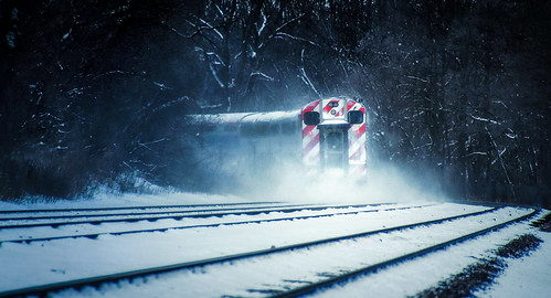 unionpacificrailroad uprr genevasubdivision wheatonillinois dupagecounty chicagoland winter snow february woods trees nature lincolnmarsh transportation tracks rails curve curving metraunionpacificwestline commutertrain dust powder coaches carriages lines redstripes bluehues cold wintry cool frozen frigid nikond5100 tamron18270 photoshopbyfehlfarben thanksbinexo metra