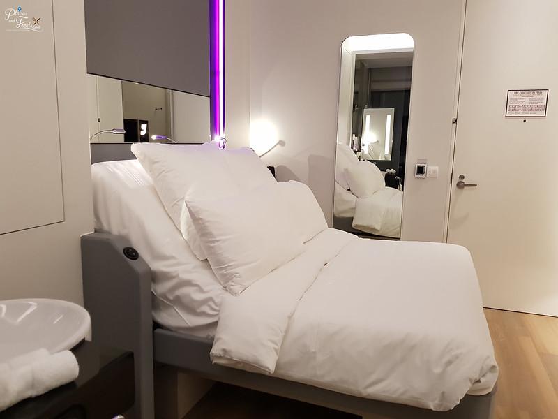 yotel singapore room