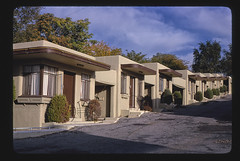 Shangri-a Motel, longest diagonal view, Wyatt Earp Boulevard, Dodge City, Kansas (LOC)