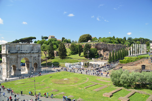 Arch of Constantine and the Palatine Hill