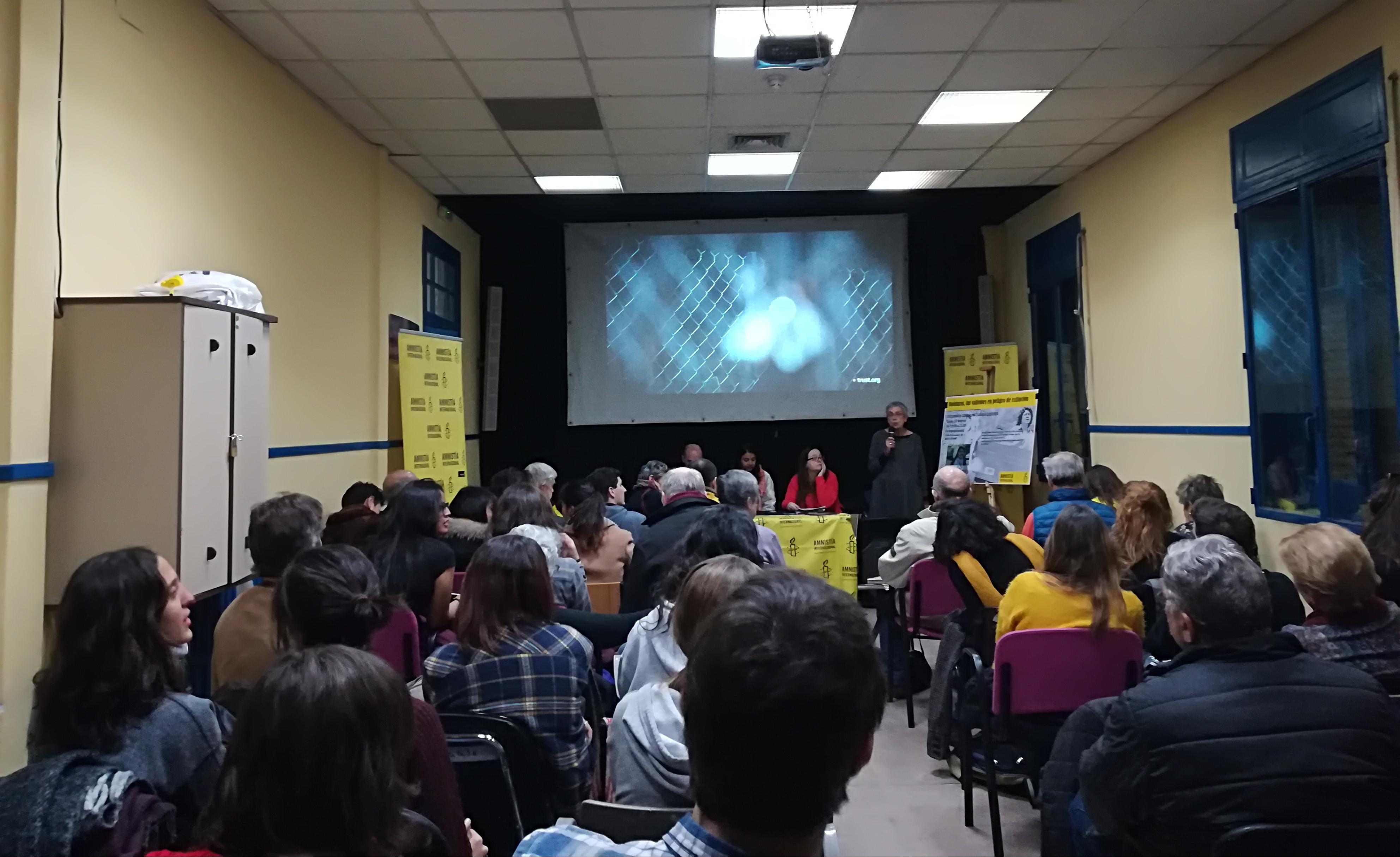 Asistentes encuentro La Ingobernable 12 feb 2018