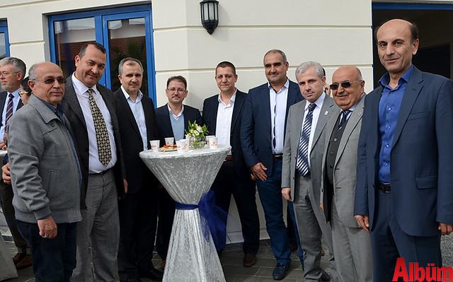 Alanya Serbest Muhasebeci Mali Müşavirler Odası (ALSMO) Derneği'nin konferans salonu düzenlenen kalabalık bir etkinlikle açıldı.-4