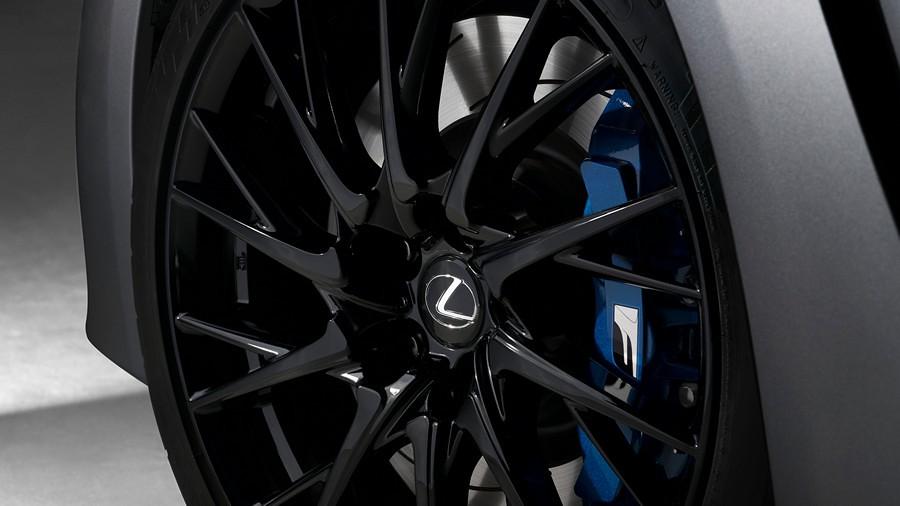 Lexus RC F, GS F 10th Anniversary 6