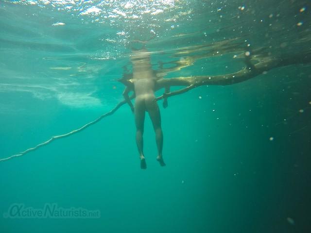 naturist underwater 0001 Cenote Azul, Chetumal, Quintana-Roo, Mexico
