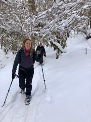Paula on snowshoes - Photo of L'Aiguillon