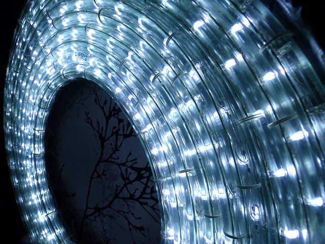 DIY Ring Light | Hedgefairy https://hedgefairy.wordpress.com