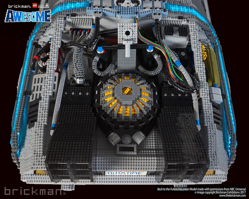 LEGO® Brick Back to the Future DeLorean - tech details