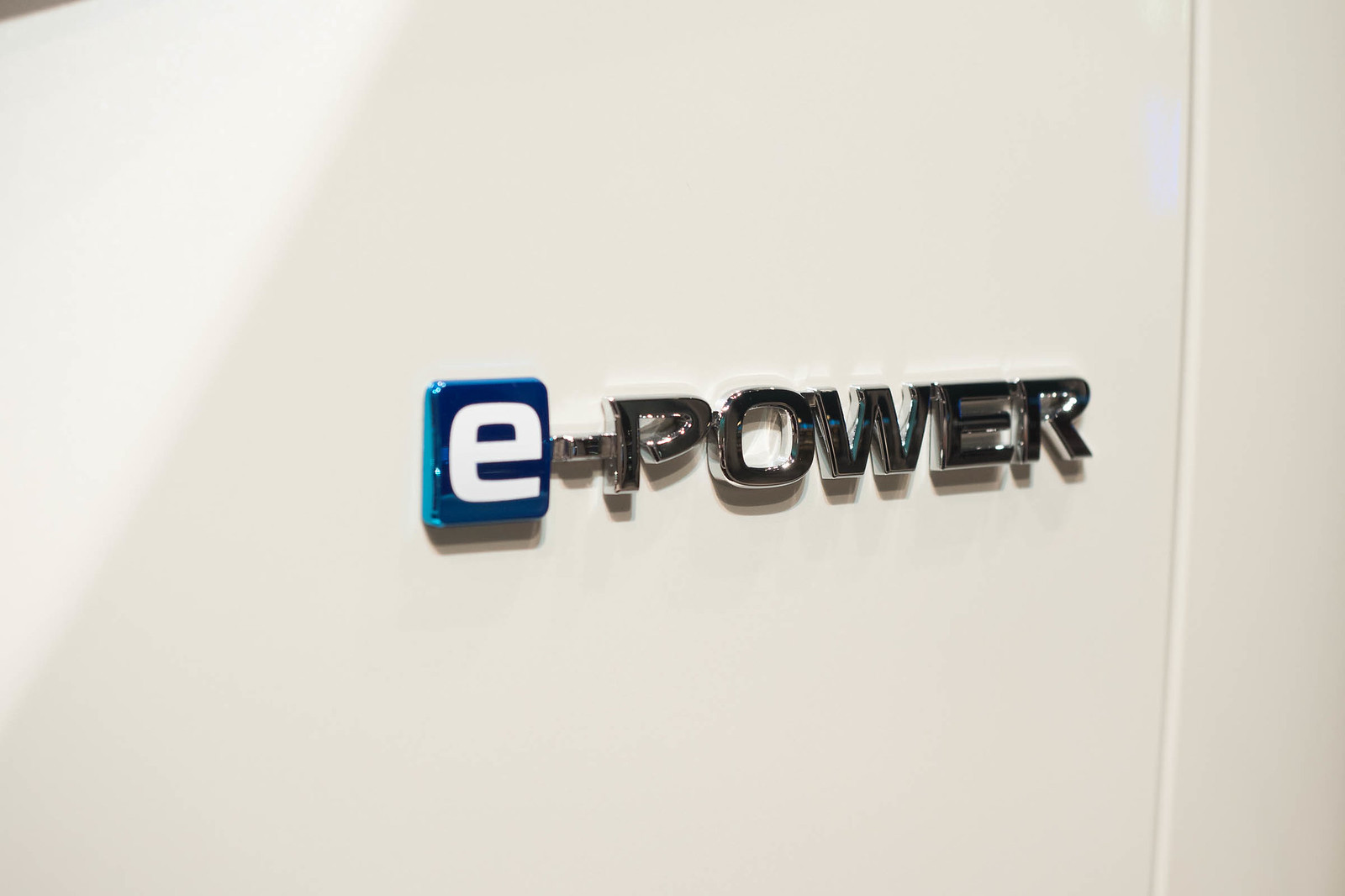 Nissan_serena_e-POWER-36