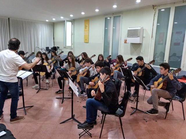 Visit de l'aula de guitarra del Conservatori de  Cervera