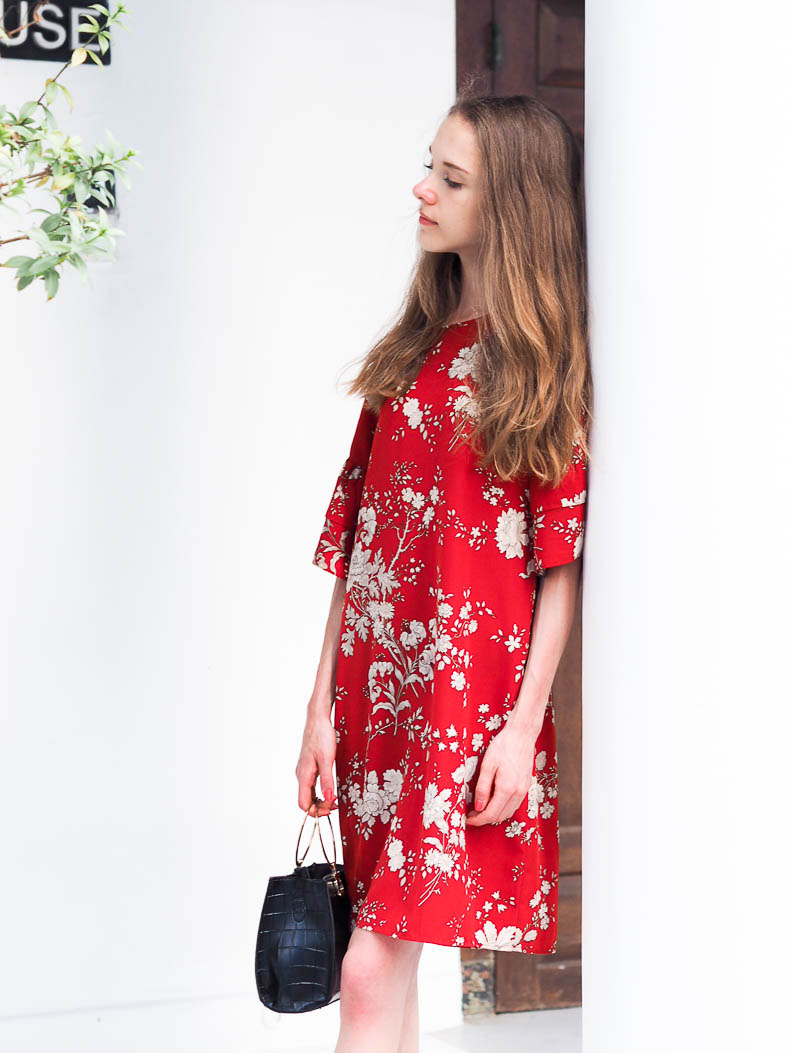 red-floral-summer-dress