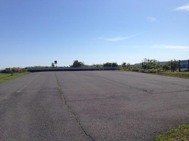hokkaido-rishiri-island-numaura-observatory-hill-of-shiroikoibito-parking-01