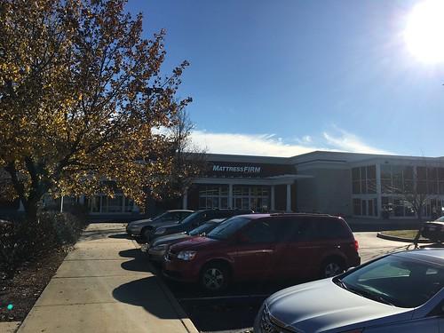 Former Mattress Firm Windsor CT