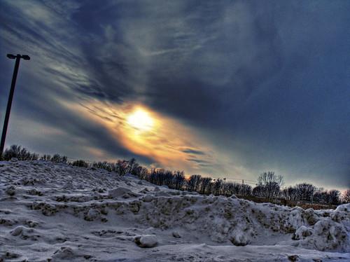 sunlight sunset stcatharines sky silhouette samsungmaster samsung paulboudreauphotography ontario niagara master light layer goldenhour fujifilmfinepixs1500 clouds canada