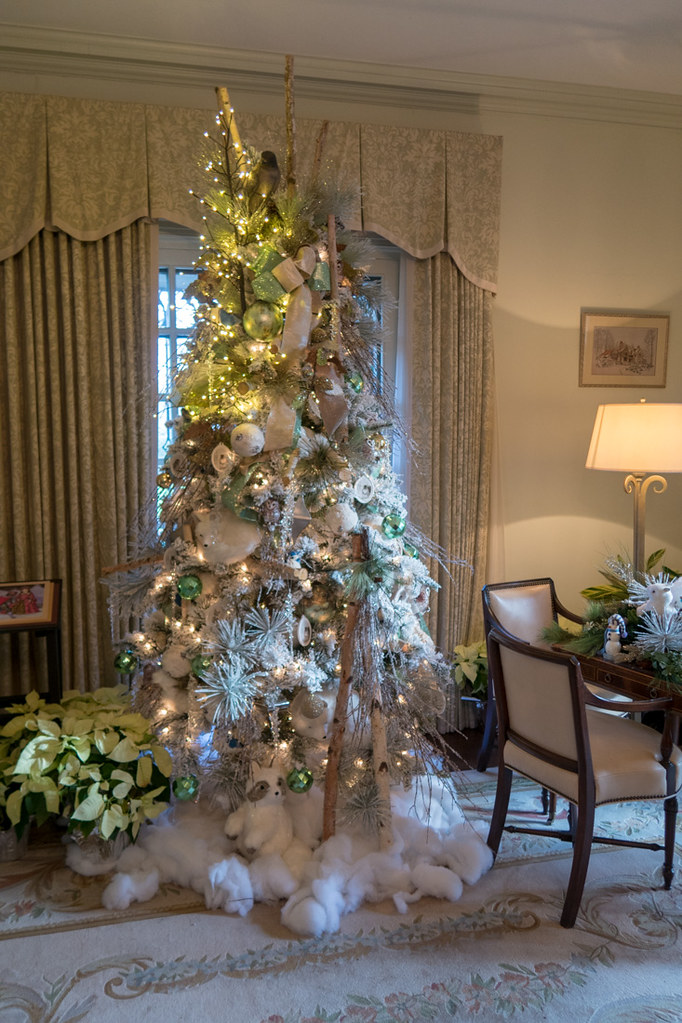 DeGolyer House at Dallas Aboretum decorated for Christmas