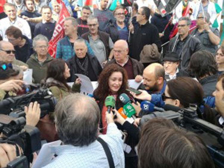 Nieto, durante una de las concentraciones celebradas en el Hospital de Jerez2