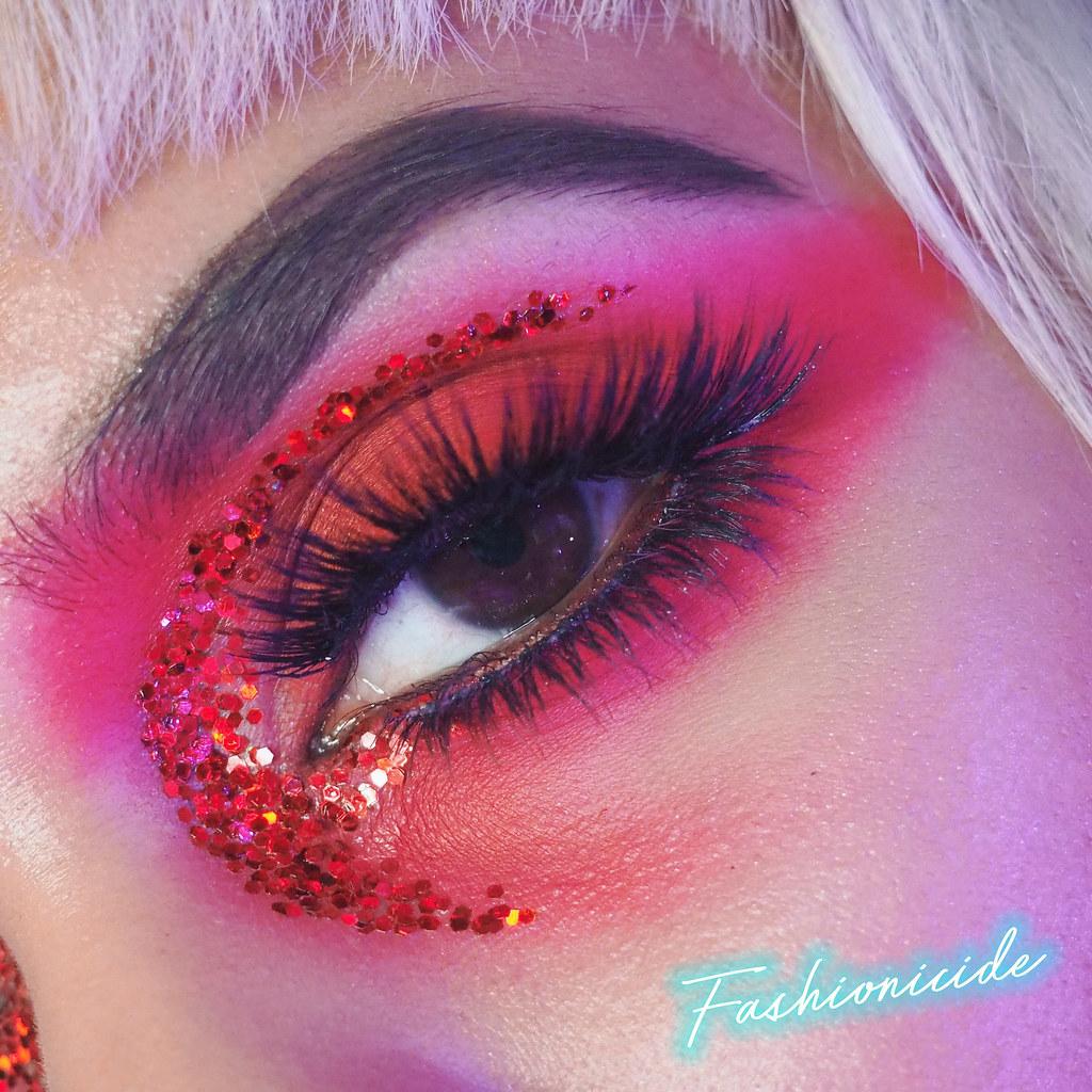 Primark Penneys SOSU Lashes New York Milan Huda Beauty Dupe Makeup Glitter Look 2