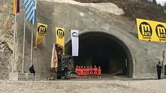 Feierlicher Durchschlag Tunnel Oberau