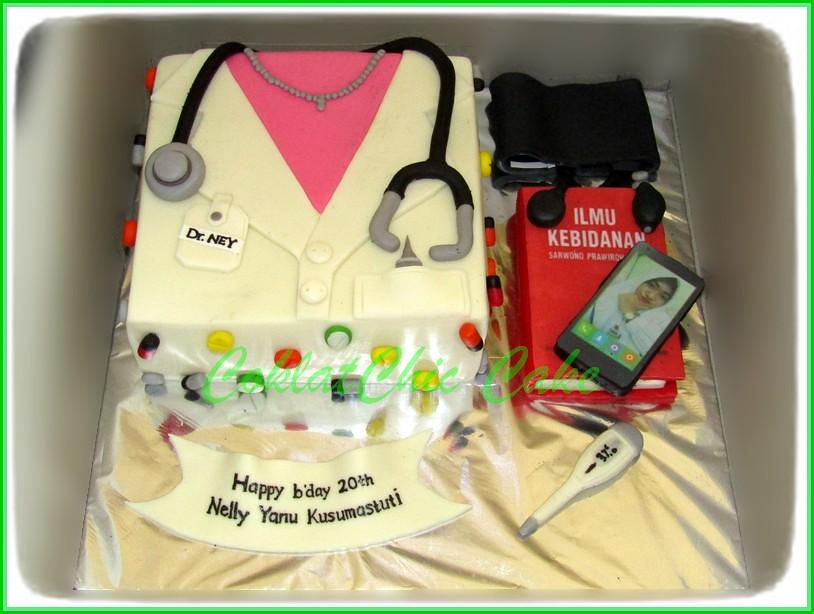 Cake dan minicake Dokter NELLY 15 cm