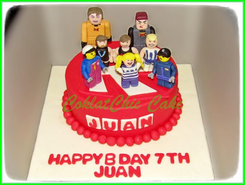Cake Roblox JUAN 15 cm