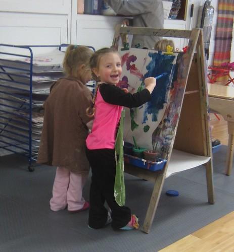 team painting