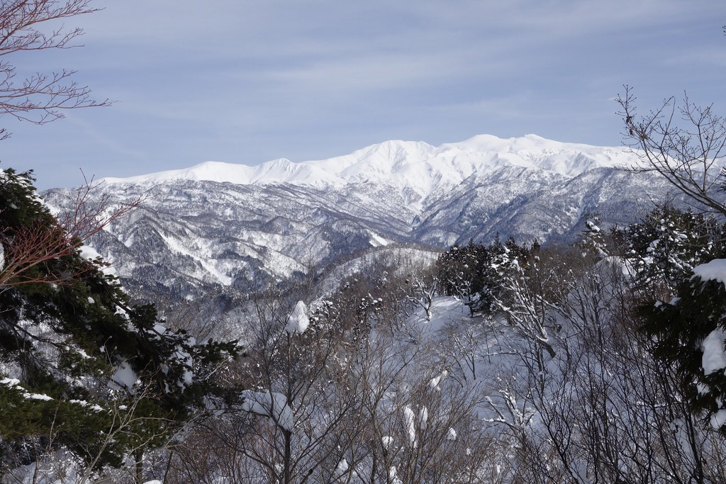"Attack toThe Mt. ""NISHIYAMA"""