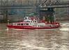 Frankfurt am Main - Feuerwehrschiff auf dem Main