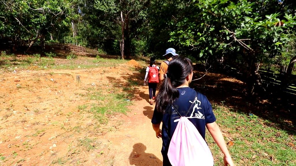 Trekking at Telunas