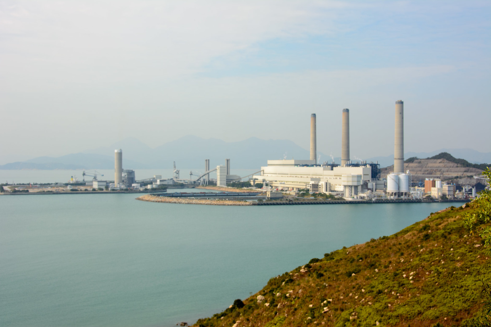 Lamma Island Power Plant 南丫島發電廠