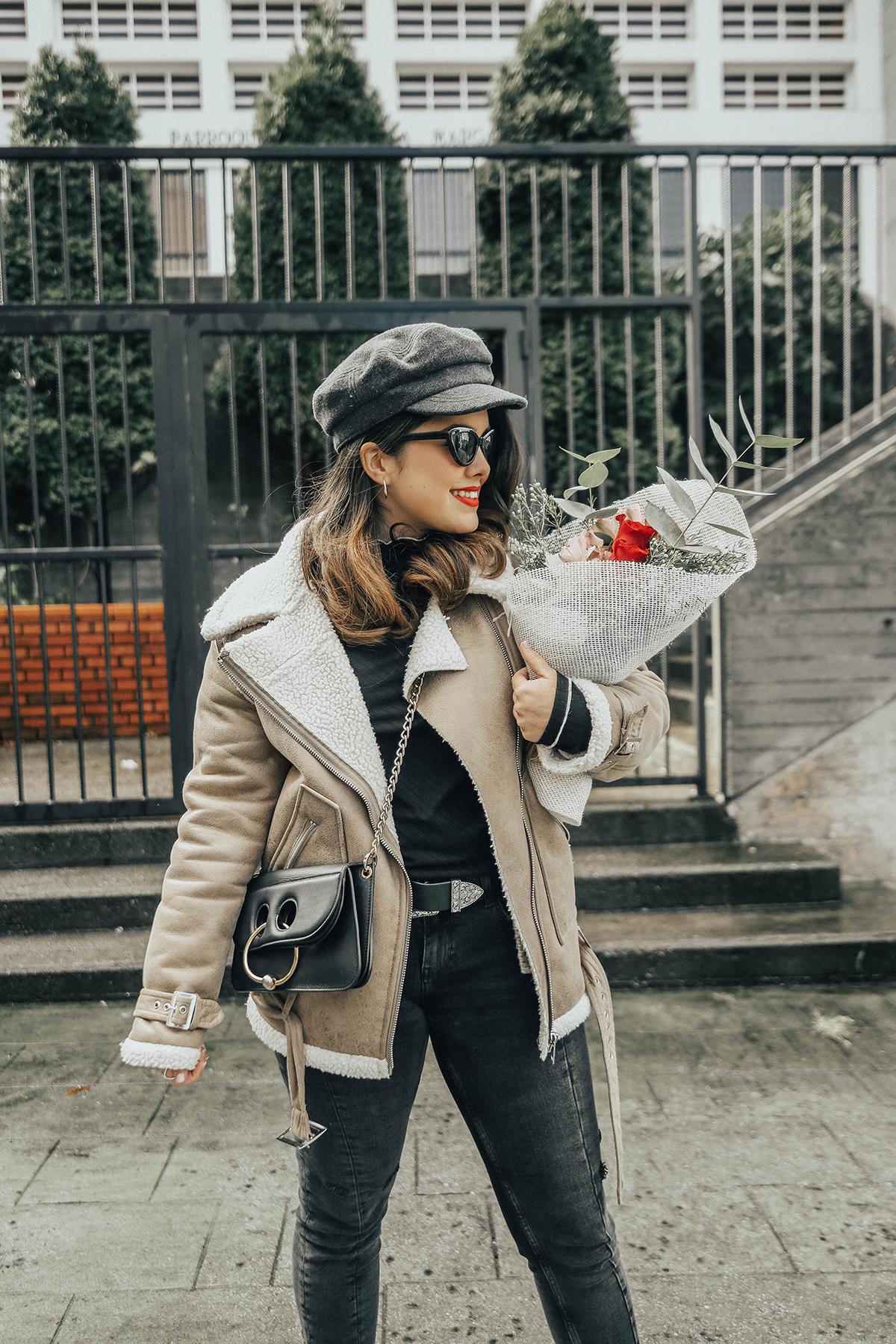 chaqueta-borreguillo-san-valentin-ramo-flores-streetstyle2