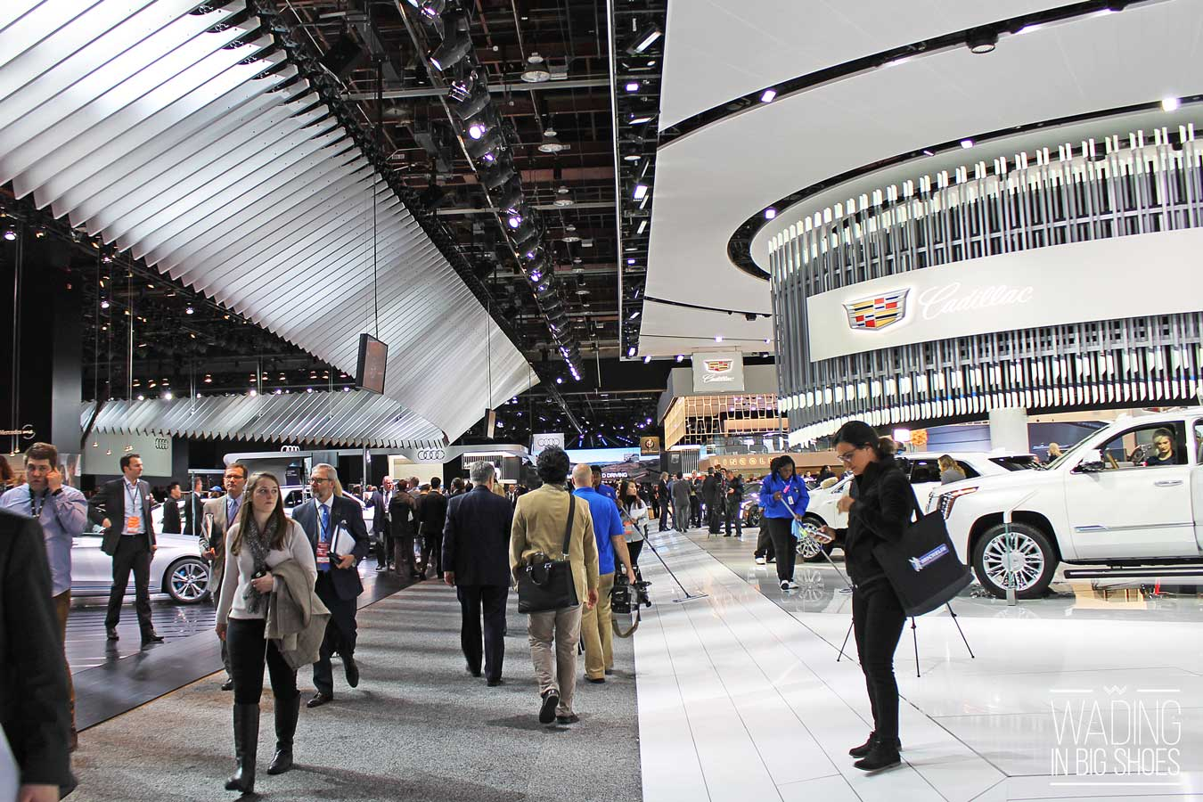 6 Reasons Why I Look Forward To Visiting The Detroit Auto Show Every Year | via Wading in Big Shoes