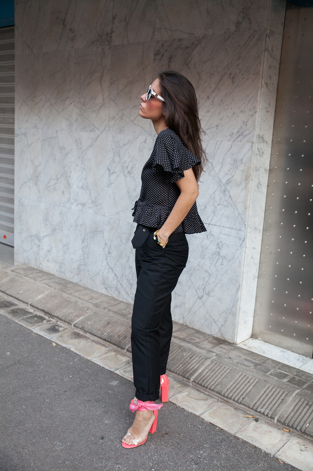 02_NA-KD_DOTS_BLACK_OUTFIT_THEGUESTGIRL_INFLUENCER_SPAIN