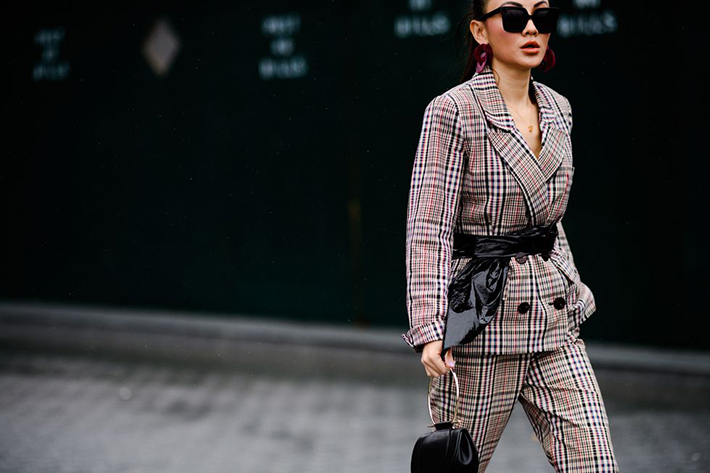 Best Street Style at New York Fashion Week Fall 2018 trend street style fashion outfit 201810