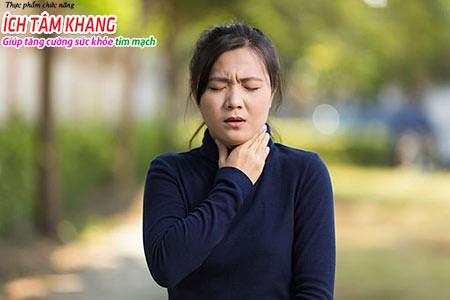 Người bệnh suy tim giai đoạn có triệu chứng khó thở, ho thường xuyên