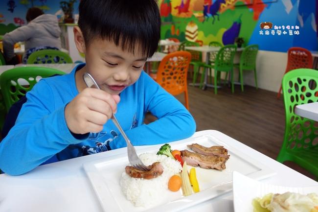 跳跳蛙親子餐廳 跳跳蛙健兒教室 京華城親子館 (15).JPG
