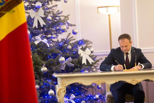 10.01.2018 Ceremonia de depunere a jurământului de învestitură a noilor miniștri desemnați în Guvernul Filip.